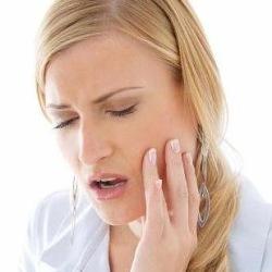Болят зубы - поможет мед