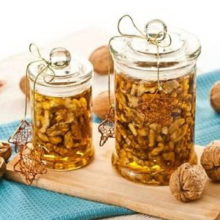 Грецкие орехи и мед для мужчин